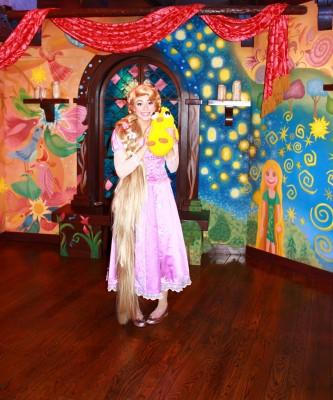 Ducky_Momo_2012_Halloween_07_Rapunzel
