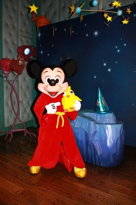 Ducky_Momo_2012_Halloween_10_Mickey_Mouse