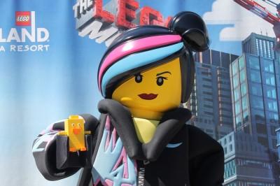 Ducky_Momo_2014_Legoland_02_Wyldstyle